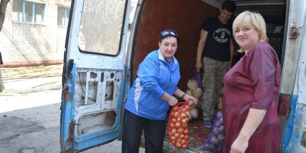 Кременчужани, які найбільше потребують уваги, отримали допомогу від депутатів і волонтерів