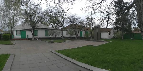 Кременчуцький депутат вимагає зберегти історичну цінність міста і України
