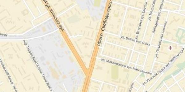 Работу светофоров на перекрестке проспекта Свободы и улицы Киевской продлят