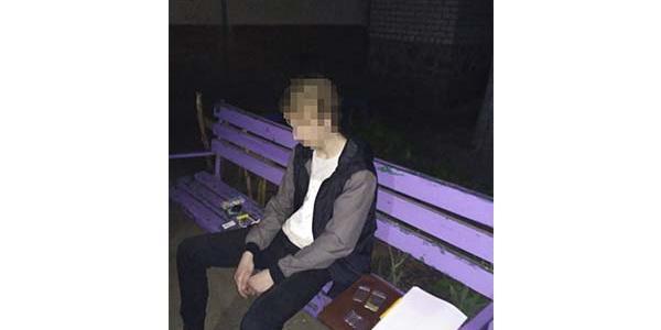Чоловіка затримали під час розпивання алкоголю.