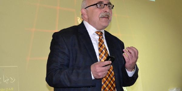 Экс-депутат горсовета Урин критикует нардепа Шаповалова за то, что тот поддался на давление бизнес-коллег