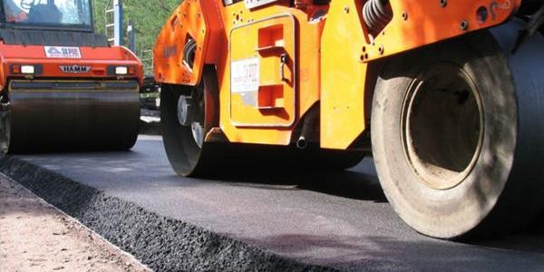 Участок дороги Полтава-Кременчуг начали активно ремонтировать