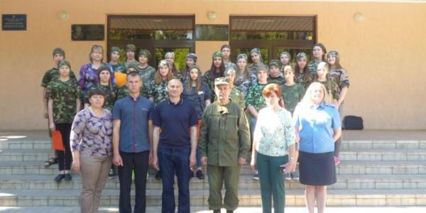 На протяжении лагерной смены курсанты обучатьсяазов работыполицейскихи посетят профильные экскурсии.
