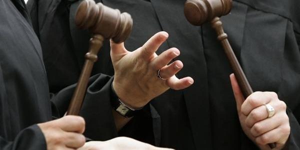 Кременчугские судьи Пальчик и Мурашова перестали рассматривать дела