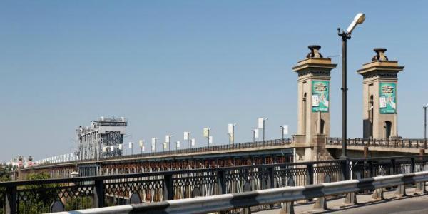 Сегодня с 20.00 на Крюковском мосту будет ограничено движение