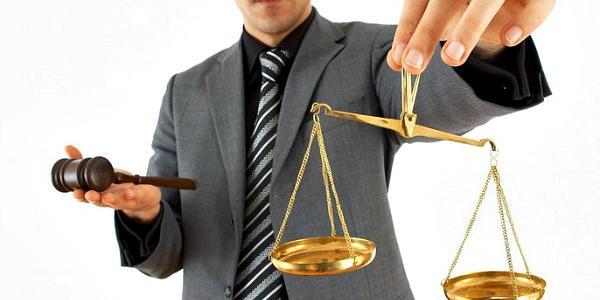 Депутаты снова требуют: «укрепить» юристов коммунальных предприятий юристами исполкома