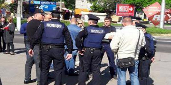 У Кременчуці затримали і знову відпустили підозрюваного у сутичках біля Газетного ряду в Полтаві Усенка