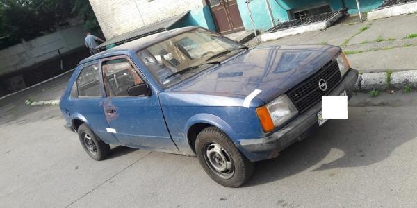 Кременчуцькі правоохоронці знайшли викрадену автівку за кілька годин