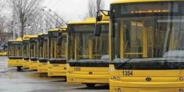 В Кременчуге депутаты требуют срочно обнародовать данные еврокредита на троллейбусы