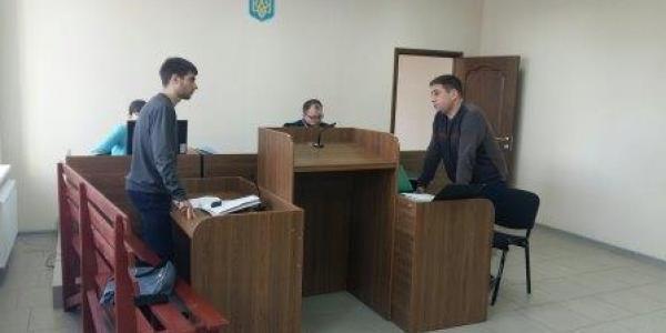 Валерий Медведовский получит зарплату за простой