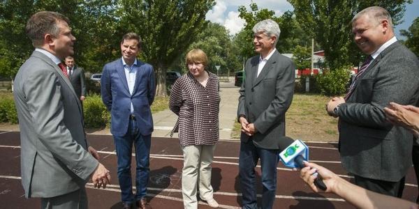Посол Швейцарії відвідав соціальні об'єкти Горішніх Плавнів