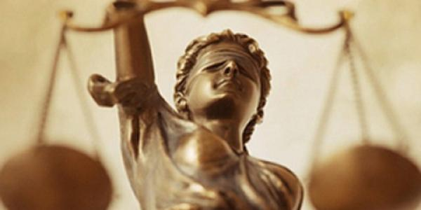Судью Полтавского окружного админсуда могут уволить за решения, принятые в 2013 году