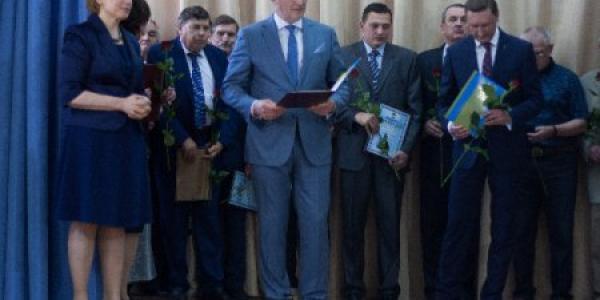 Кременчуцьких науковців МАНу нагородила міністр освіти і науки України Лілія Гриневич
