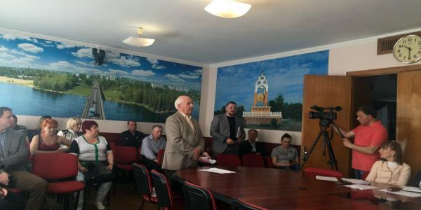 Жители Первой Занасыпи заявили, что не дадут строить с нарушениями законов скандальный дом
