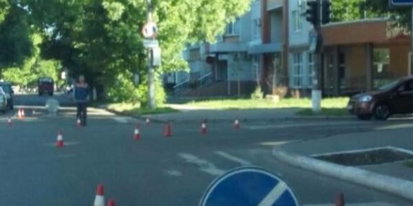 Вниманию водителей: в центре города наносят дорожную разметку
