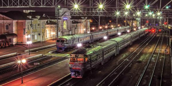 Поезд на Кременчуг-Киев восстановили. Только зачем он такой нужен?