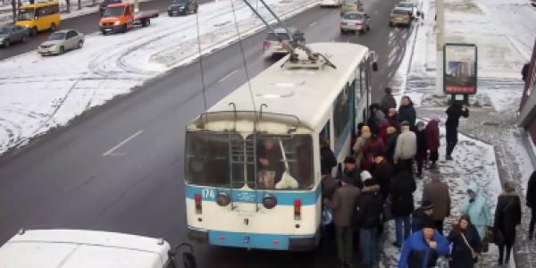 Кременчугские троллейбусы возобновили движение