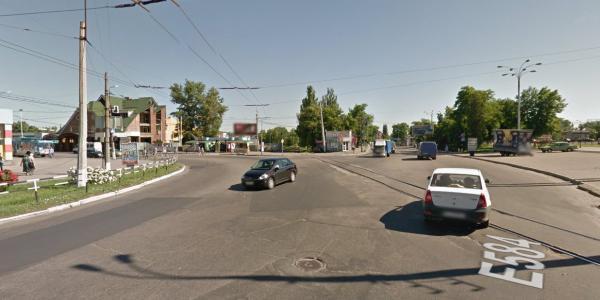 В Кременчуге трансформируют перекресток улиц Халаменюка и Первомайской