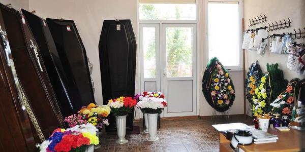 В Кременчуге обокрали частное бюро ритуальных услуг