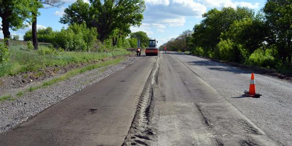 Дорогу Кременчуг - Горишни Плавни в этом году отремонтируют за 138 млн гривень