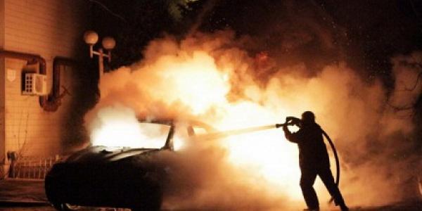 На Третьем Занасыпи сгорел автомобиль