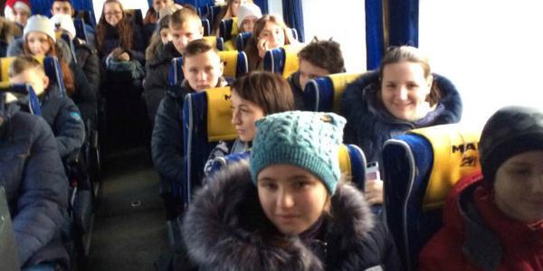 Нардеп Жеваго устроил новогодний сюрприз лучшим ученикам Кременчугского района