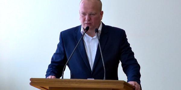 Горсовет Кременчуга поддержал повторный радикальный запрос о перекрытии Крюковского моста