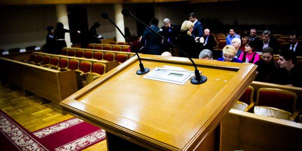 Кременчугский горсовет зовет «на ковер» силовой блок города