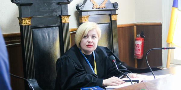 Пополнение в Автозаводском суде: после лечения травмы, полученной в результате ДТП, на работу вышла судья Пальчик