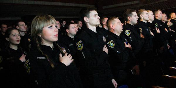 Годовщина патрульной полиции Кременчуга: 53 тысячи вызовов, признание горожан и новые звания