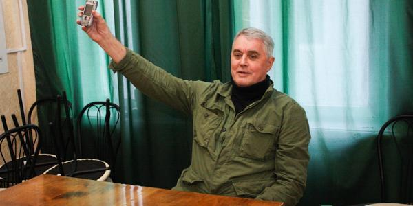 Лесь Подервянский нашел, чем удивить кременчугских журналистов