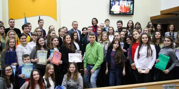 Около 25 тысяч кременчужан помогли Святому Николаю подарить радость детям