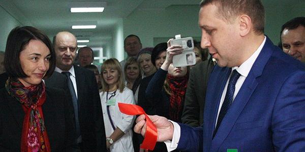 Хобби мэра Малецкого: он коллекционирует красные ленты, перерезанные на открытиях