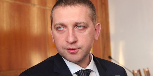 Все кременчугские чиновники должны знать, где пенёк не спилени где столб не снесён: так хочет мэр Малецкий
