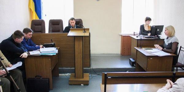 В Кременчугепродолжается судебный процесспо увольнениюглавного инженера «Кременчугводоканала» Евгения Медведовского