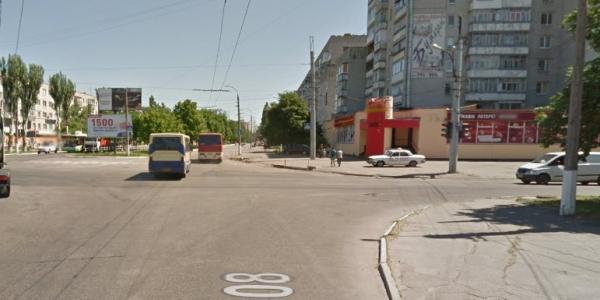 На перекрестке улиц Вадима Пугачева и Киевской не работает светофор
