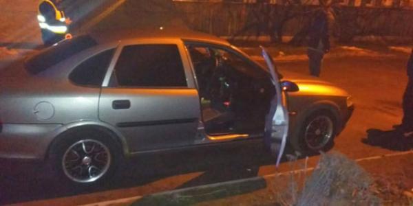 В Крюковском районе Кременчуга у водителя машины Opel нашли «травку»
