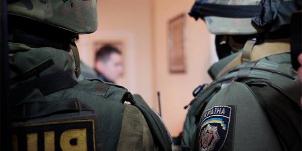 В офисе горе-строителя, экс-свободовца Сергея Галаты вчера прошел обыск