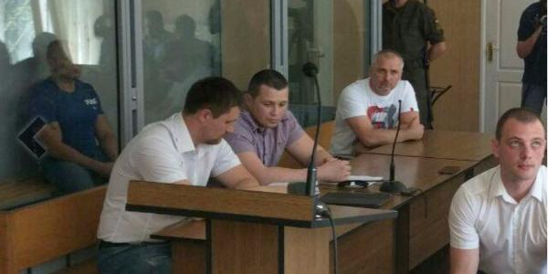 Суд визначився із подальшою долею кременчужан, підозрюваних у різанині біля арки «Газетного ряду» у Полтаві