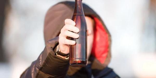 Бизнесмена оштрафовали за продажу пива несовершеннолетнему.
