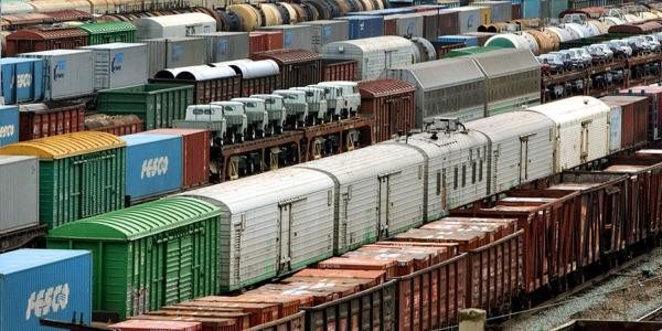 В Кременчуге в «итальянской забастовке» поучаствовало полторы сотни железнодорожников