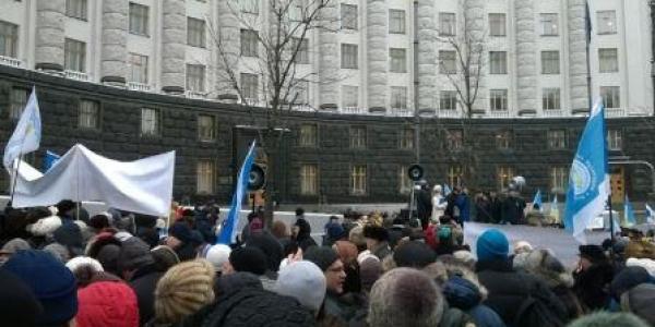 Студенческий пикет в Киеве закончился принятием резолюции