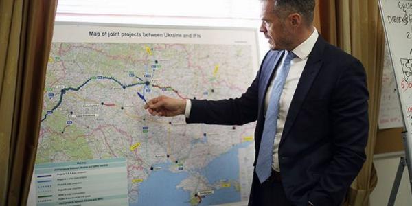 Если китайская  сторона примет решение строить мост не в Кременчуге, то ведомство найдет средства на ремонт Крюковского моста – глава Укравтодора