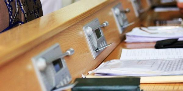 В Кременчуге депутаты от БПП, УКРОПа, РПЛ, Оппоблока и Самопомощи предложили вынести на сессию вопрос отмены новых тарифов на эксрасходы