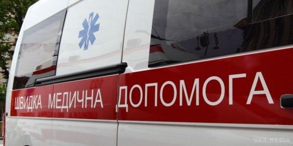 В Кременчуге девочка упала со шведской стенки, мальчик – закрылся дома