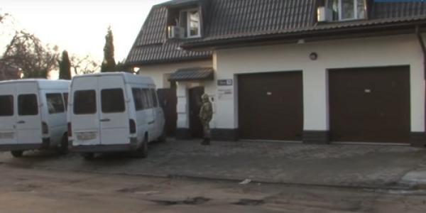 Бывшая «Тульчинка» выехала, а «Маркетопт» второй день блокируют охранники