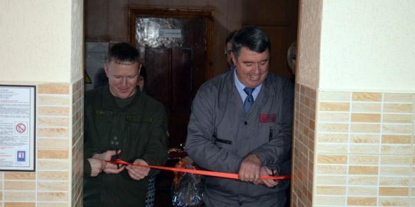 Кременчугским нацгвардейцам подарили обновленную солдатскую столовую