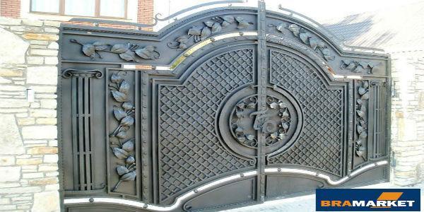 Як виготовляють ковані ворота в Івано-Франківську і де їх можна купити?