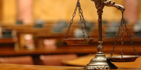 В суде по делу об убийстве Бабаева за день выбрали двоих присяжных из пяти необходимых