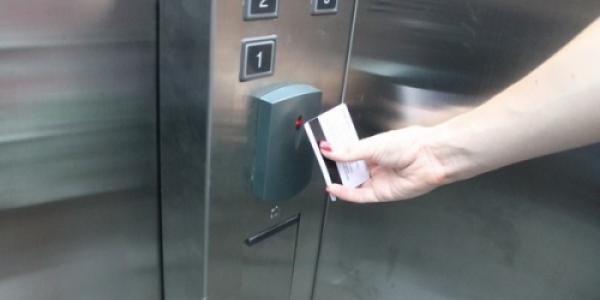 Малецкий хочет заставить жителей первых этажей кременчугских многоэтажек платить за лифт